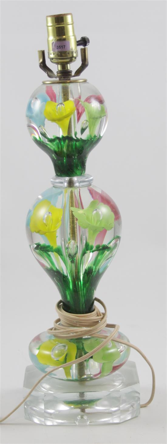 UNMARKED TABLE LAMP WITH MULTI-COLOR TRUMPET FLOWERS, 19.5