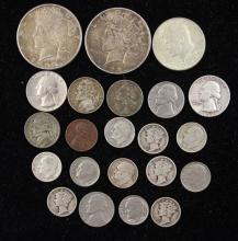 MIXED LOT INCLUDING (2) 1922 PEACE DOLLARS, 1967 40% KENNEDY HALF DOLLAR, WASHINGTON QUARTERS, MERCURY AND ROOSEVELT DIMES, AND JEFF...