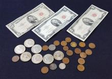 MIXED LOT INCLUDING SERIES 1953 FIVE DOLLAR RED SEAL NOTE, SERIES 1953 AND 1963 TWO DOLLAR RED SEAL NOTES, (7) 40% KENNEDY HALF DOLL...