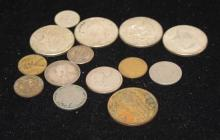 MIXED LOT INCLUDING 40% KENNEDY HALF DOLLARS, MERCURY DIME, 2 LIBERTY V NICKELS, LINCOLN WHEAT CENTS, AND FOREIGN COINS.