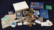 MIXED LOT FOREIGN COINS AND CURRENCY INCLUDING FRANKLIN MINT 1973 BRITISH VIRGIN ISLANDS PROOF SET AND BRITISH CLAD COINS