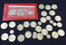 †(22) 1964 KENNEDY HALF DOLLARS, 2 SILVER QUARTERS, AND 7 SILVER DIMES *tax exempt*