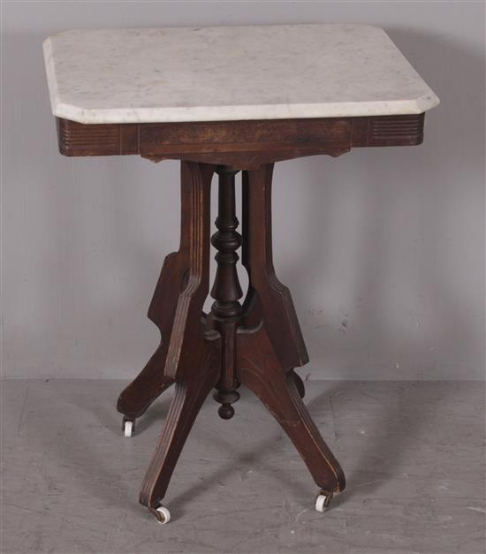 WALNUT EASTLAKE VICTORIAN PARLOR TABLE WITH WHITE MARBLE TOP, 24