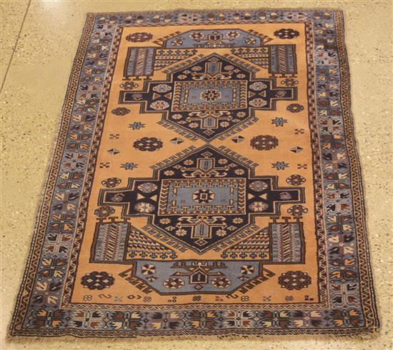 ORIENTAL RUG, SEMI ANTIQUE CAUCASIAN, 4.3' x 6.8'