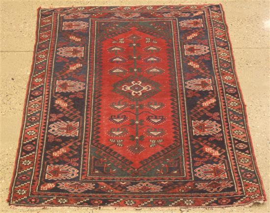 ORIENTAL RUG, SEMI ANTIQUE TURKISH VILLAGE RUG, 4' x 6.6'