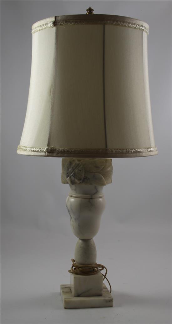 MARBLE TABLE LAMP WITH CARVED DETAIL, 28
