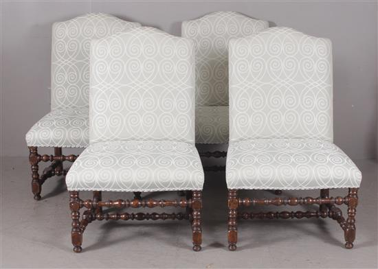 4 OVERSIZED UPHOLSTERED DINING CHAIRS WITH TURNED LEGS, STRETCHER BASE, AND NAILHEAD TRIM, 40
