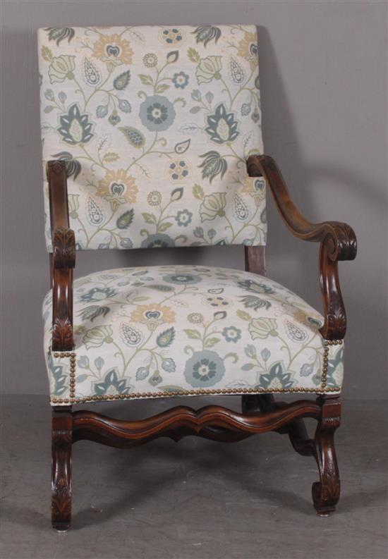 UPHOLSTERED OPEN ARM CHAIR WITH LEAF CARVING, 25