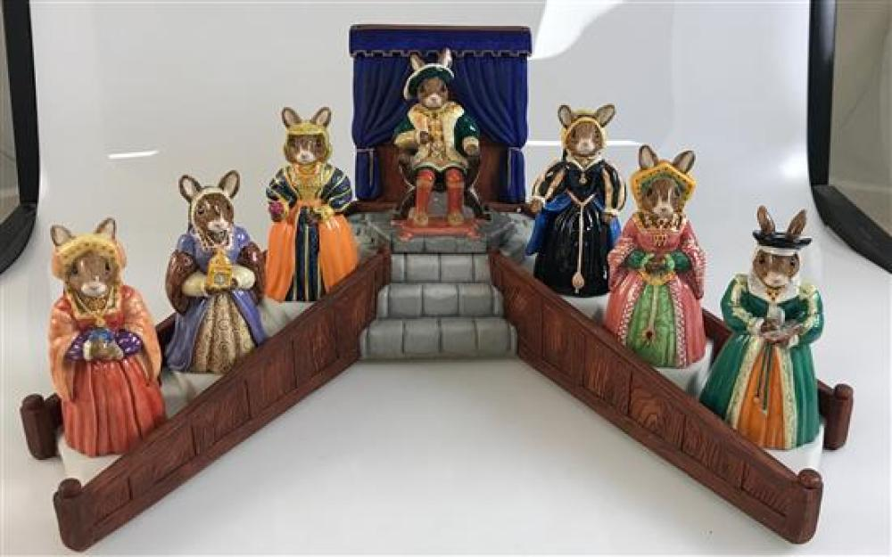 """ROYAL DOULTON 4"""" TO 4½"""" BUNNYKINS TUDOR COLLECTION WITH HENRY VII, 6 WIVES, DISPLAY"""