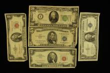 U.S. CURRENCY LOT INCLUDING SERIES 1928 TWENTY DOLLAR FEDERAL RESERVE NOTE, SERIES 1953 FIVE DOLLAR SILVER CERTIFICATE, 2 TWO DOLLAR...