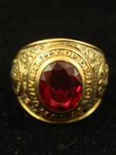 STAMPED 10K YELLOW GOLD UNIVERSITY OF DETROIT CLASS RING, 15 GRAMS TOTAL