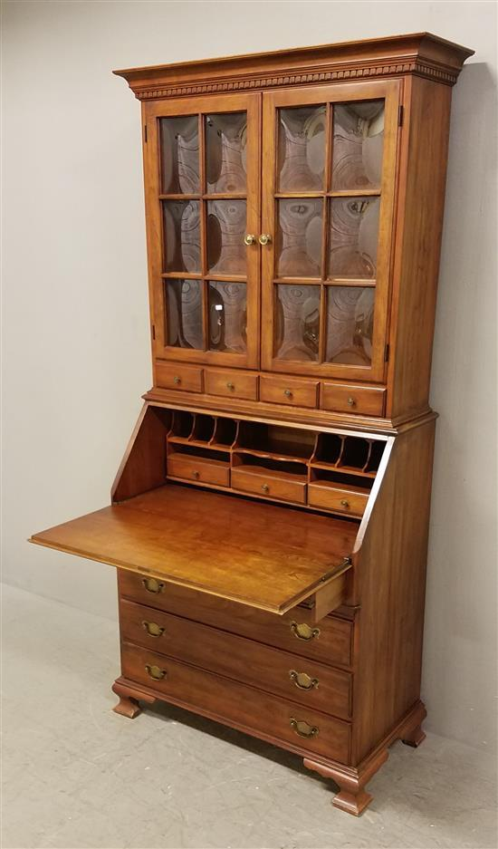 Cherry Pennsylvania House Secretary Desk With Bookcase Top