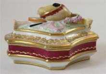 PORCELAIN BOX WITH MUSICAL INSTRUMENTS ON LID 6