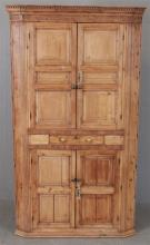 EARLY ENGLISH PINE ONE-PIECE CORNER CUPBOARD, 42