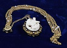 VINTAGE 14K YELLOW GOLD HIGH RELIEF CARVED CAMEO LOCKET WITH