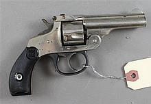 HARRINGTON & RICHARDSON MODEL PREMIER 32 S&W CALIBER REVOLVER SN: 105693