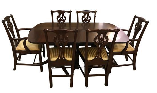 HENKEL-HARRIS CHERRY CHIPPENDALE DINING TABLE WITH 6 CHAIRS. INCLUDES THREE 16