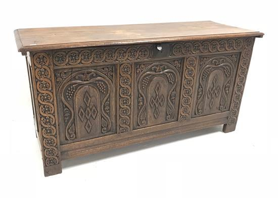 19TH CENTURY ENGLISH OAK BLANKET CHEST WITH CARVED FRONT AND STRAP HINGES, 54