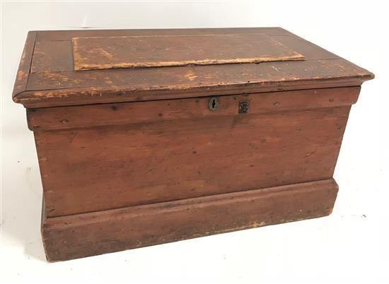 POPLAR LIFT-LID TOOL CHEST WITH