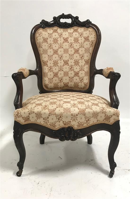 VICTORIAN OPEN ARM CHAIR, DAMAGE TO UPHOLSTERY ON ARMS, 40