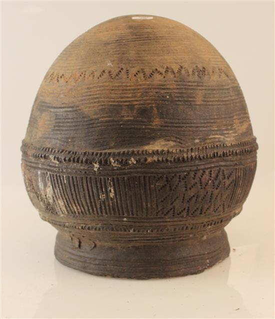 AFRICAN ART, CLAY POT DETAILED WITH RIDGES, ROUNDED BOTTOM, APPROXIMATELY 13