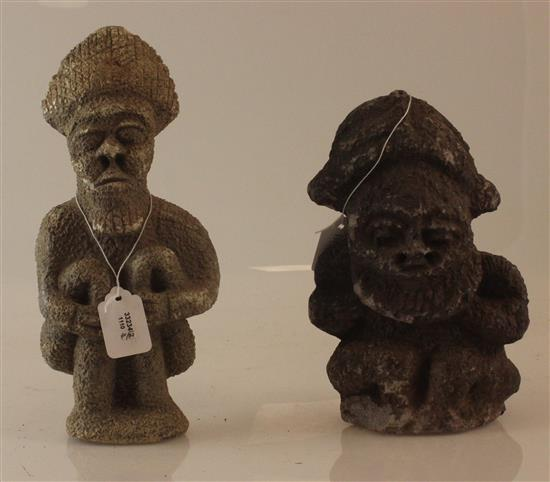 AFRICAN ART, TWO STONE CARVINGS, BOTH HAVE ROUGH TEXTURE AND APPEAR TO BE OF THE SAME ORIGIN, ONE IS SQUATTING WITH A BLANK EXPRESSION.