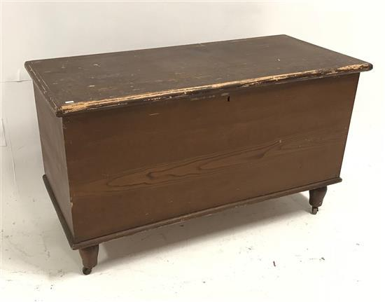 DOVETAILED GRAIN PAINTED BLANKET CHEST, 44