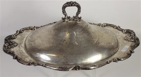 MONOGRAMMED STERLING SILVER SERVING DISH WITH LID. 12