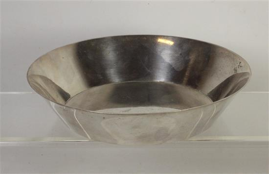 TIFFANY AND CO. MAKERS STERLING SILVER HOLLOWARE BOWL MARKED 25277. MEASURING APPROX. 7.125