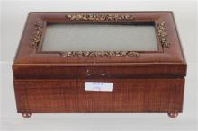 WOODEN MUSIC BOX WITH PICTURE FRAME -