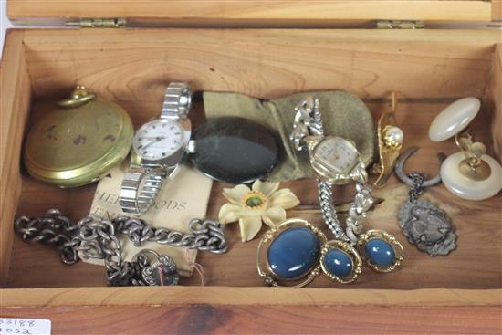WOODEN JEWELRY BOX WITH JEWELRY AND ACCESSORIES INCLUDING: GOLD TONE POCKET WATCH STYLE COMPASS MARKED