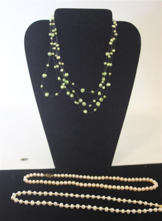 LOT PEARL NECKLACES INCLUDING: 56-COUNT WHITE WITH FISH HOOK CLASP AND GOLD TONE BEADING MEASURING APPROXIMATELY 19.5