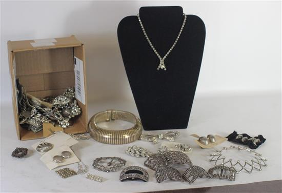 LOT SILVER TONE AND RHINESTONE JEWELRY AND ACCESSORIES INCLUDING: EARRINGS, BROOCHES, AND SEED BEAD BELT BUCKLES