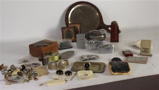 BOX LOT ACCESSORIES INCLUDING: ORNAMENTAL WOODEN HAND MIRROR, ASSORTED LIGHTERS INCLUDING DESK LIGHTERS, AND AN ENAMEL LADIES' BELT ..