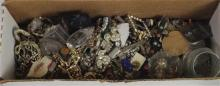 BOX LOT INCLUDING: COSTUME JEWELRY, FOREIGN CURRENCY FROM SCOTLAND AND CANADA, LOOSE CZ STONES, AND SEVERAL BROOCHES