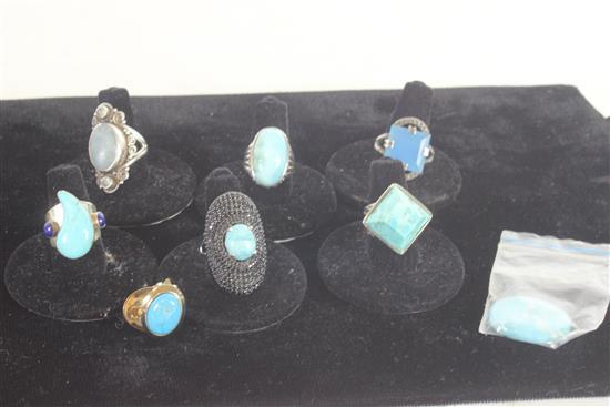 SIX STERLING SILVER RINGS WITH BLUE STONES SOME TURQUOISE AND PAIR TURQUOISE EARRINGS AND LOOSE STONE INCLUDING: 1.125