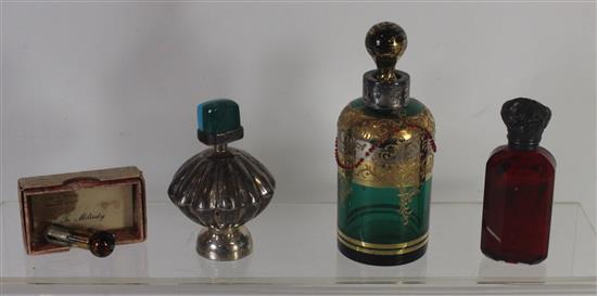 FOUR ASSORTED PERFUME BOTTLES INCLUDING 5