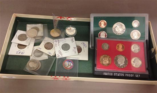 MIXED LOT INCLUDING 1982 AND 1994 U.S. PROOF SETS (NO BOXES), U.S. QUARTERS, AND 2015S SACAGAWEA DOLLAR