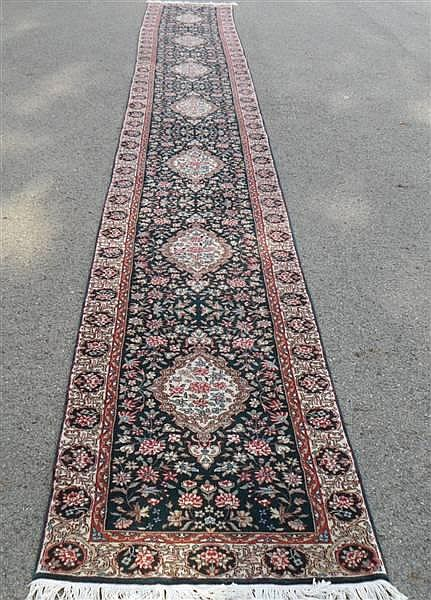 SINO PERSIAN TABRIZ LONG RUNNER, 2.6 X 22.3