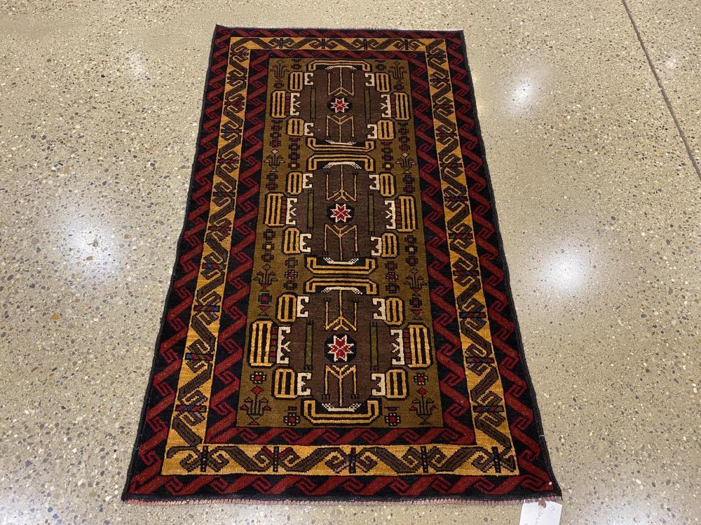 "Oriental rug, Balouch, 2'6"" x 4'6"""