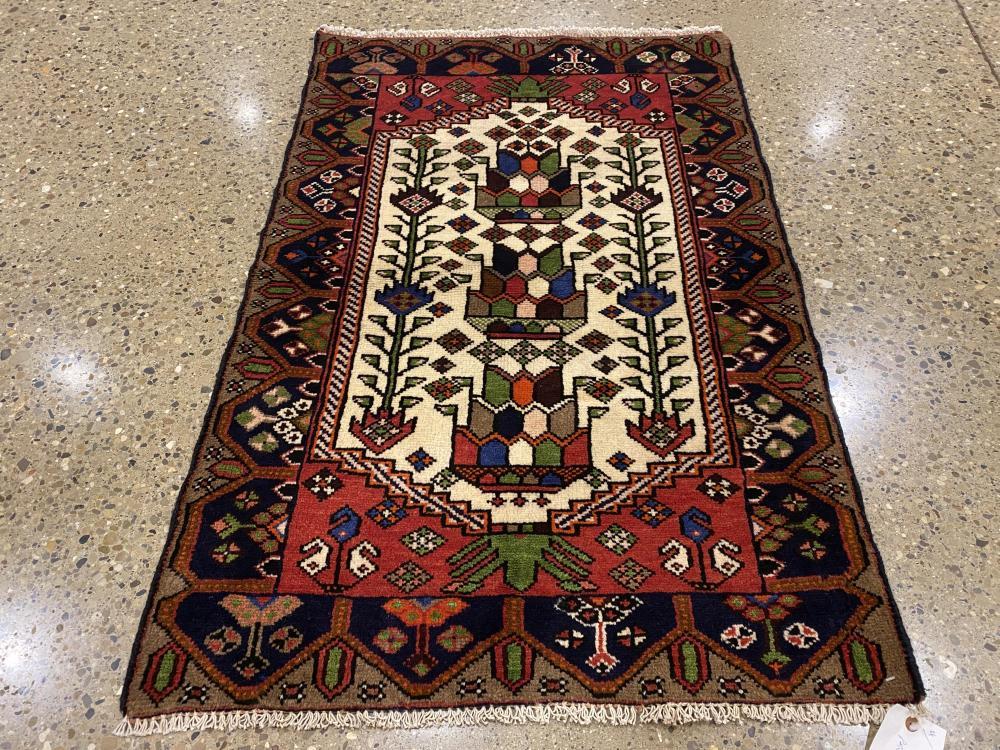 "Oriental rug, Malayer, 2'7"" x 3'10"""