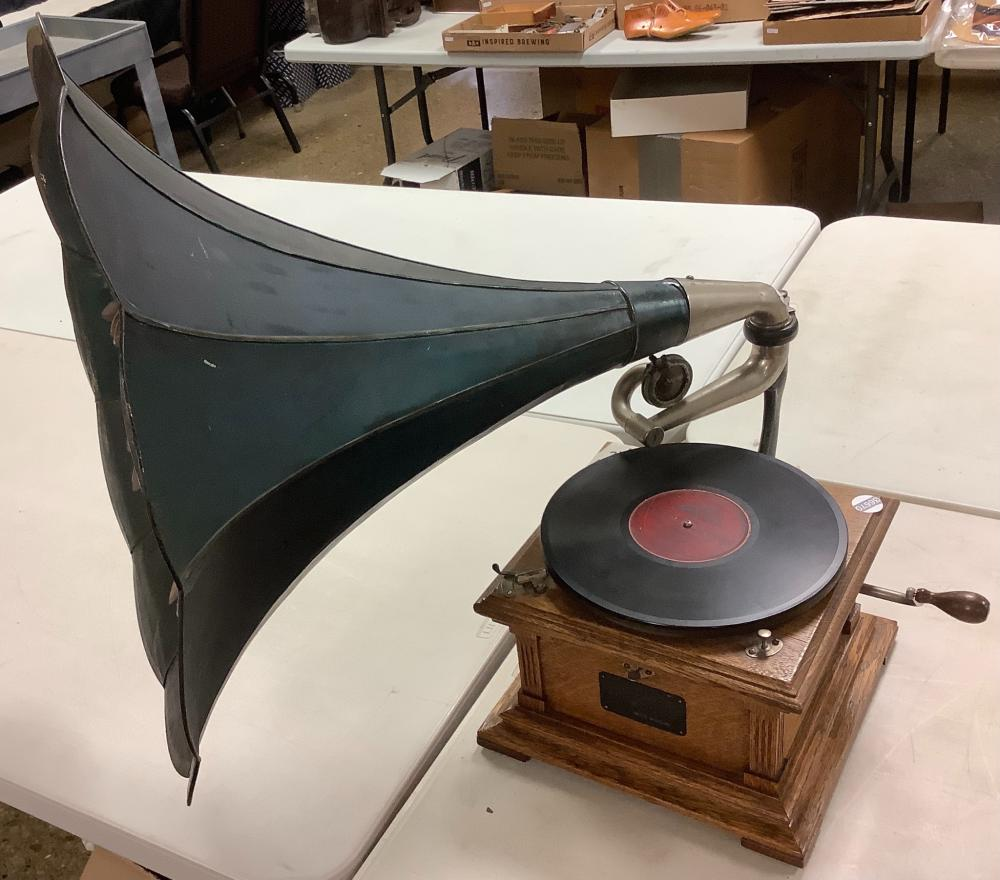 Victor record gramophone w/ hand painted morning glory horn.