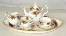 Royal Albert Old Country Roses Le Petite 9-Piece Miniature Tea Set. 1st Quality (8 Pieces)