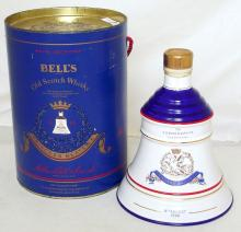 BELL'S Princess Beatrice Birth 1988  75cl / 43% Old Scotch Whisky in a Wade Decanter.