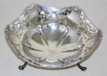 Antique Sterling Silver Octagonal Pierced  Bon-Bon Dish by Alexander Clark. Hallmarked  Birmingham 1917.  Diameter 14 cm. 108 gm.