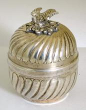 Chinese Silver Fluted Trinket Pot with  Lovebird Finial.20thc. 70 gm.