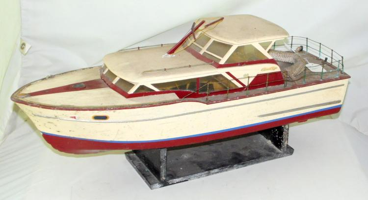 Vintage Model 24 inch 'Chris Craft' Motorised Boat/Stand. Length 24 inches.