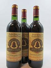 3 bouteilles CHÂTEAU ANGELUS 1982 1er GCC (B) Saint Emilion (base goulot