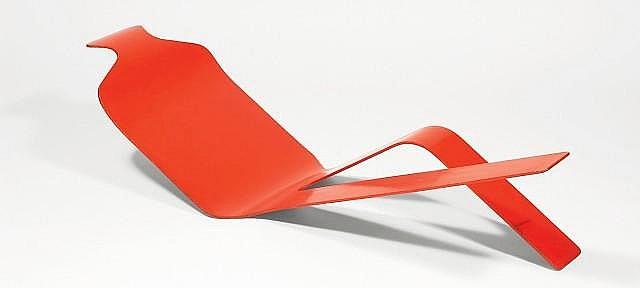 Olivier MOURGUE (Né en 1939) Figure d'homme - 1970 Bois stratifié laqué rouge