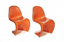 Verner PANTON (1926 -1998) Paire de chaises